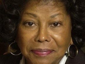 Мать Джексона будет добиваться контроля над состоянием певца