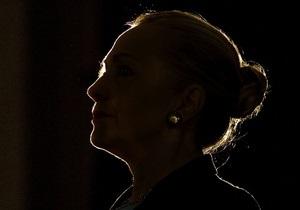 Клинтон взяла на себя ответственность за гибель посла США в Ливии