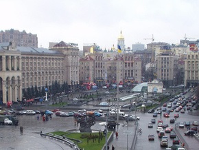 На Майдане Незалежности надуют розового слона