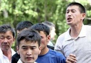 Комендантский час не успокоил город Ош. Число жертв беспорядков увеличилось до 46 человек