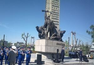 В Киеве во время переноса потерялась одна из фигур памятника морякам Днепровской флотилии
