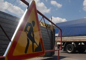 В Киеве на проспекте Бажана ограничили движение транспорта