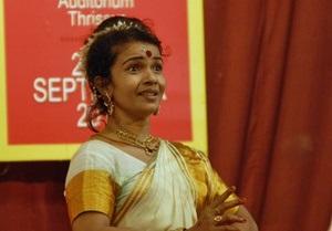 Жительница Индии попала в книгу рекордов Гиннесса, протанцевав 123 часа