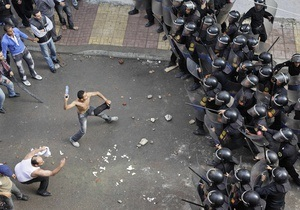 Столкновения в Каире: число пострадавших приблизилось к 1000