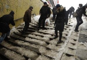 Столичные депутаты признали, что коммунальные службы не справились с уборкой снега