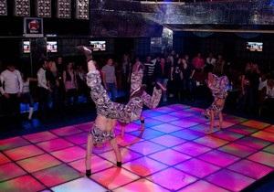 В Донецке горит ночной клуб