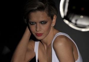 Вера Брежнева выпустила дебютный альбом