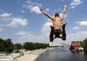 Плесо заявляет о захвате физлицами более ста гектаров киевских пляжей