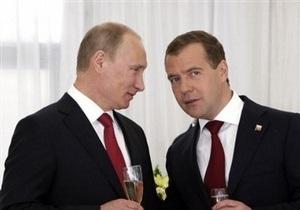 Пресс-секретарь Путина: Несогласные с политикой тандема уйдут