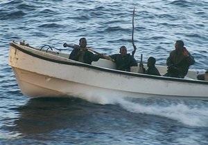 У берегов Сомали китайские моряки предотвратили захват торговых судов