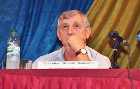 Янукович решил уволить кандидата в скандальном округе №132 Травянко с должности замгубернатора