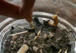 В Киеве из-за курения в постели загорелась квартира