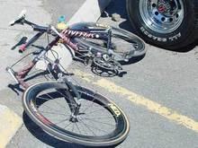 В Житомирской области столкнулись два автомобиля: погибли велосипедист и водитель