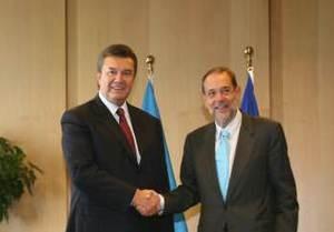 Янукович встретился с Соланой и Телботтом