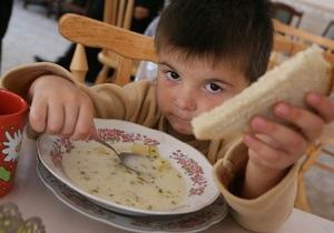 СМИ: В дошкольных учреждениях Киева ощущают нехватку молока