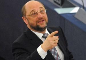 Новым председателем Европарламента стал бывший библиотекарь из Германии