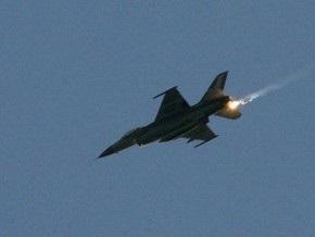 В США разбился учебный самолет F-16