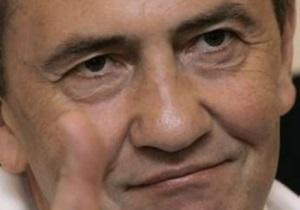 В БЮТ заявили, что Черновецкий поручил коммунальщикам собрать подписи в поддержку Януковича