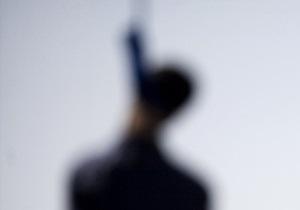В Сумской области повесился иностранец, который ранее был снят с поезда из-за поддельных документов