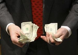 В НБУ отмечают почти двукратное падение спроса на валюту со стороны населения
