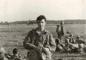 Свою карьеру в НБУ Соркин начал с образованием инженера по эксплуатации бронетанковой  техники