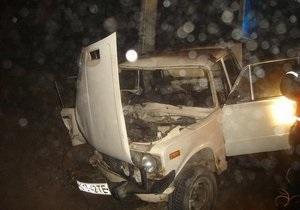 Угонщик автомобиля, уходя от преследования, попал в аварию под Винницей
