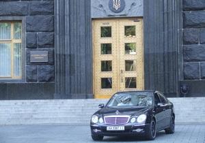 Кабмин готовит решение о госзакупках автомобилей отечественного производства
