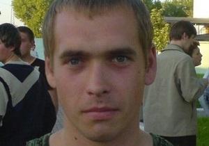 В Донецкой области сотрудники милиции выбросили на обочину труп пострадавшего в ДТП