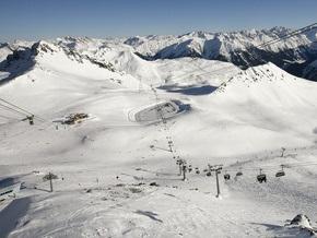 В Альпах из-за схода лавины пропали трое туристов