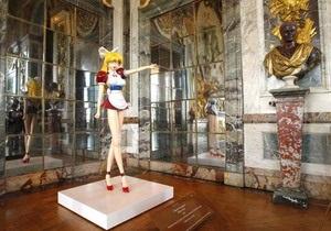 Потомок Людовика XIV просит запретить Мураками проводить выставку в Версале