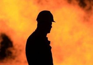 В Луганской области всю ночь горит жилой дом