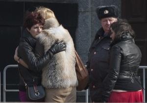 Число пострадавших при взрывах в московском метро возросло почти до 100 человек
