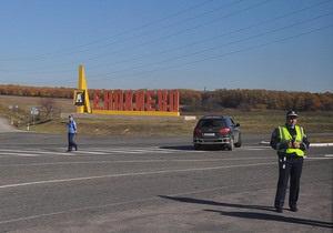 В Донецке и Енакиево к приезду Януковича перекрыли центральные улицы и сняли рекламу оппозиции