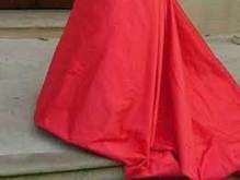 В Китае сшили свадебное платье длиной в километр