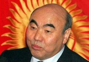 Власти Кыргызстана намерены судить Аскара Акаева