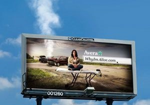 В США пожарные запретили дымящийся билборд