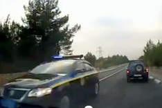 УП: В Крыму кортеж с чиновниками чуть не протаранил автомобиль