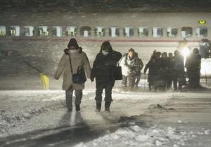 В Японии из-за сильных снегопадов погибли пять человек