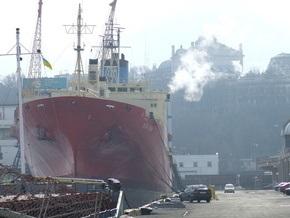 Финансовый кризис: Компании отказываются забирать грузы из украинских портов