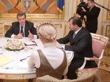 Балога заявил, что Тимошенко  выстрелила холостыми патронами в молоко