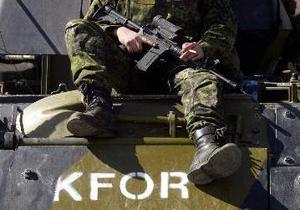 Косовские сербы попытались закидать камнями бойцов KFOR