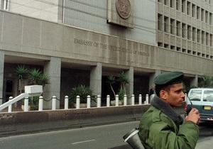 В Тель-Авиве неизвестный напал на посольство США, ранив охранника