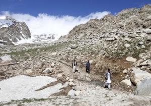 Пилот упавшего в Афганистане Ан-24 имел гражданство РФ и Таджикистана