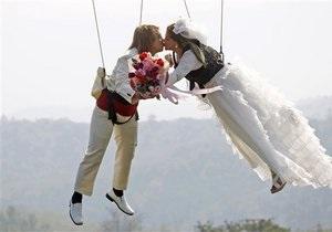 День Святого Валентина - День всех влюбленных: В Италии День влюбленных отметят массовым поцелуем