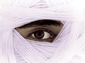 Суд Ирана приговорил мужчину к ослеплению