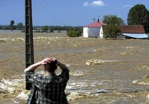Число жертв наводнения в Польше растет