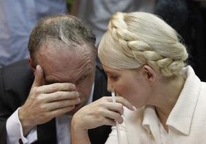 Защита Тимошенко просит возбудить дело против следователя Нечвоглода