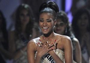 Представительница Анголы выиграла титул Мисс Вселенная. Украинка - первая вице-мисс