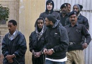 В Пакистане пятеро граждан США осуждены по обвинению в терроризме