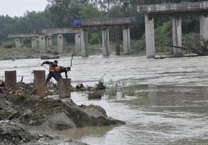 В Закарпатье из зоны подтоплений отселены уже более 200 жителей